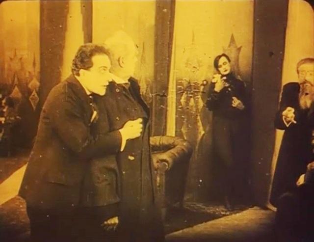Caligari17